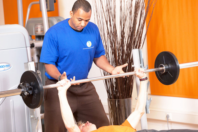 ausbildung fitness trainer personal trainer ern hrung. Black Bedroom Furniture Sets. Home Design Ideas